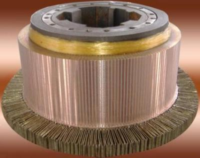 Slotted commutators