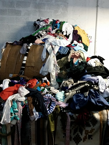 Used clothing and accesssories