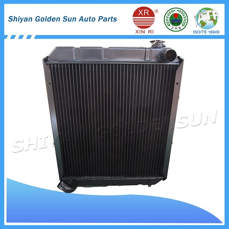 Japanese car radiator Isuzu NKR NPR ELF Truck
