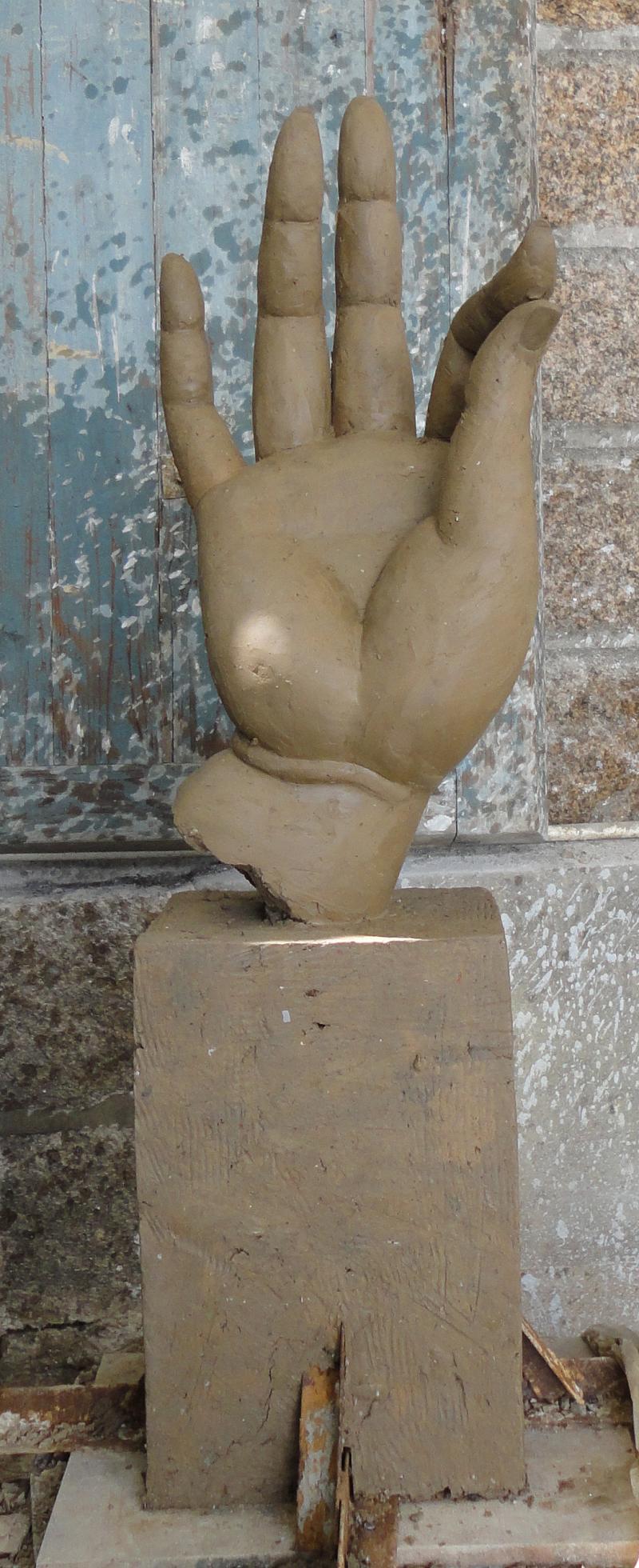 buddar finger clay carving