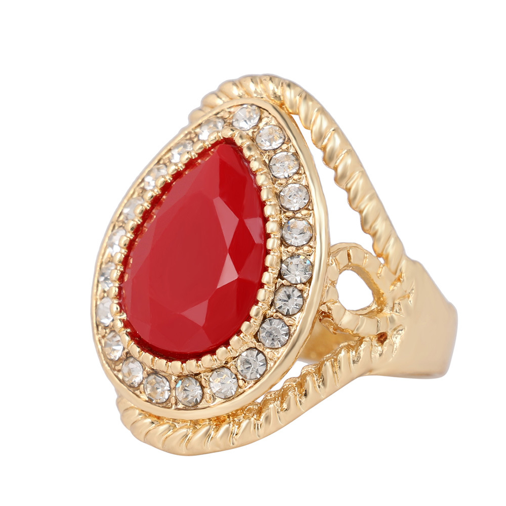 Delicate teardrop-shaped gem ring