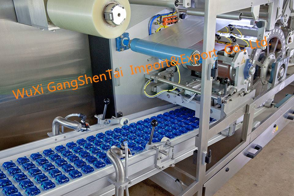 factory price automatic liquid filling machine/ water sachet packing machine/milk pouch packaging ma