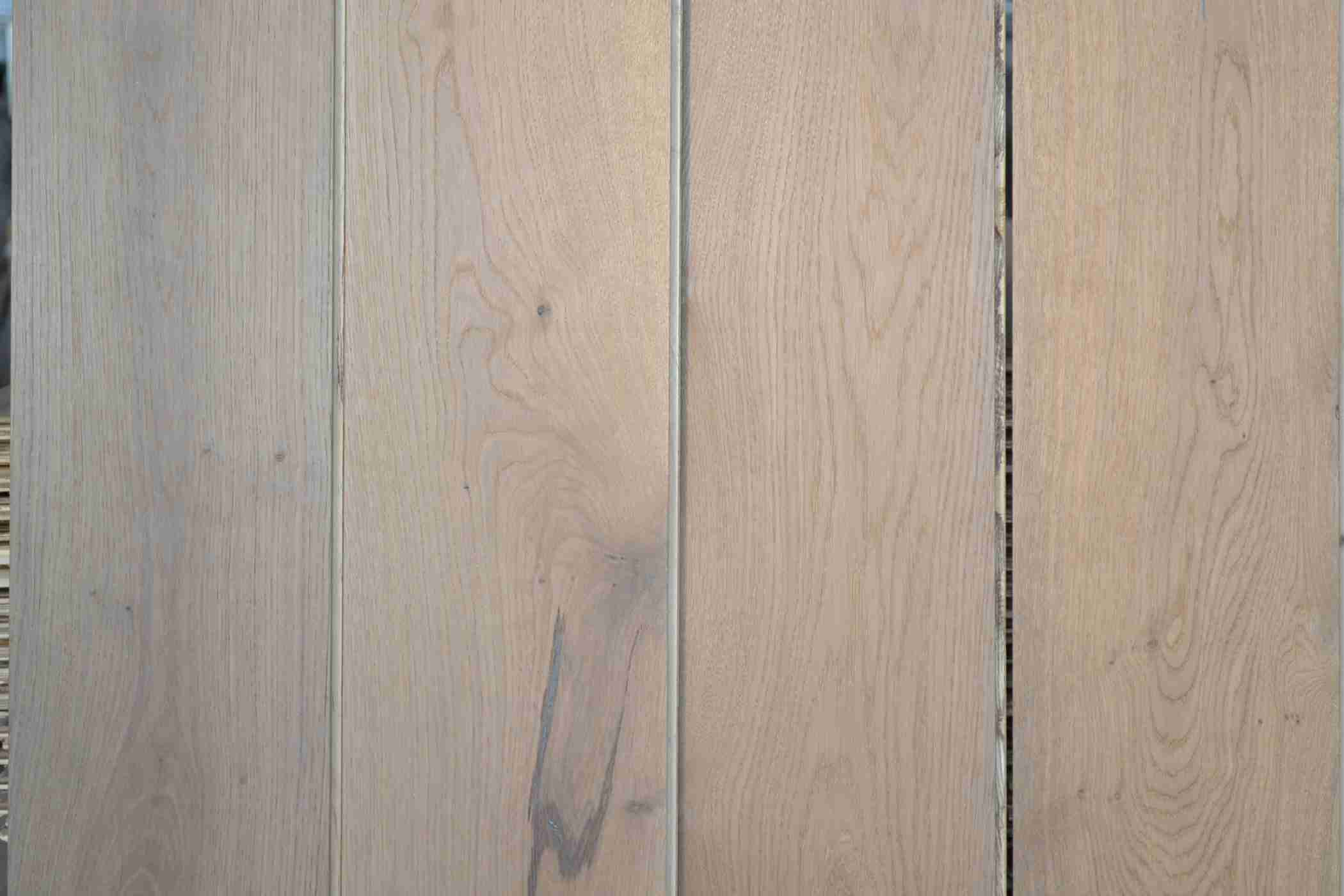 3 layer Oak Engineered Wood Flooring, 14; 15 mm thick