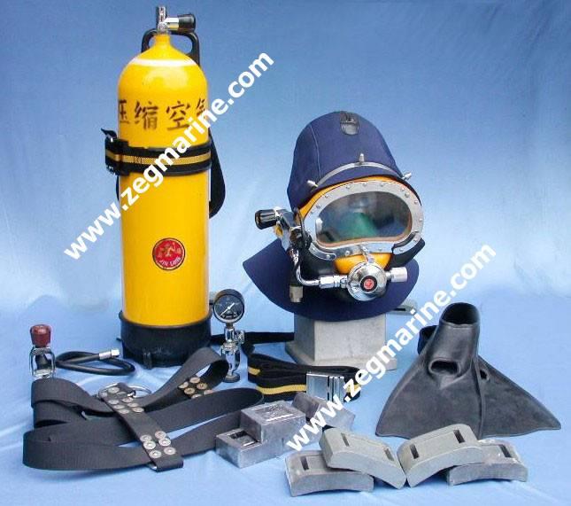 Open-Circuit SCUBA, Diving Equipment, Diving Suit