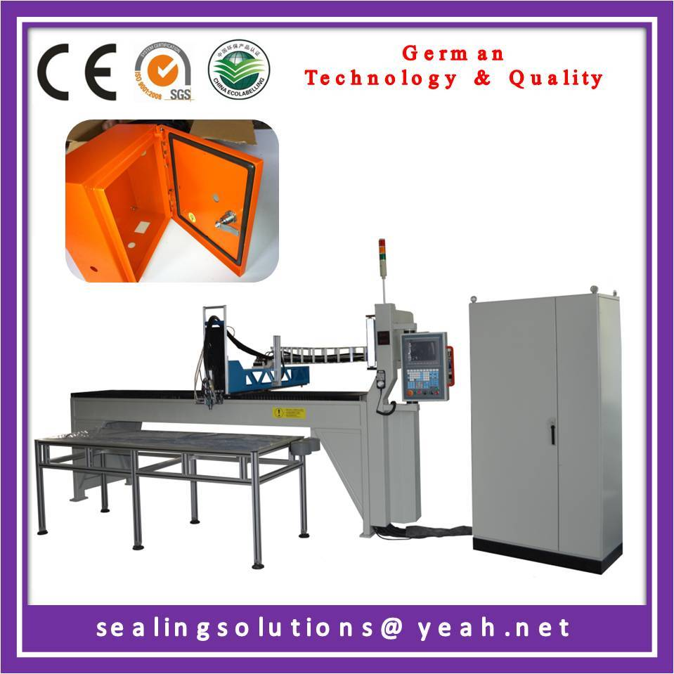 Rubber gasket making machine