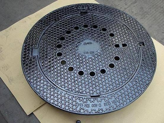 D400 manhole cover