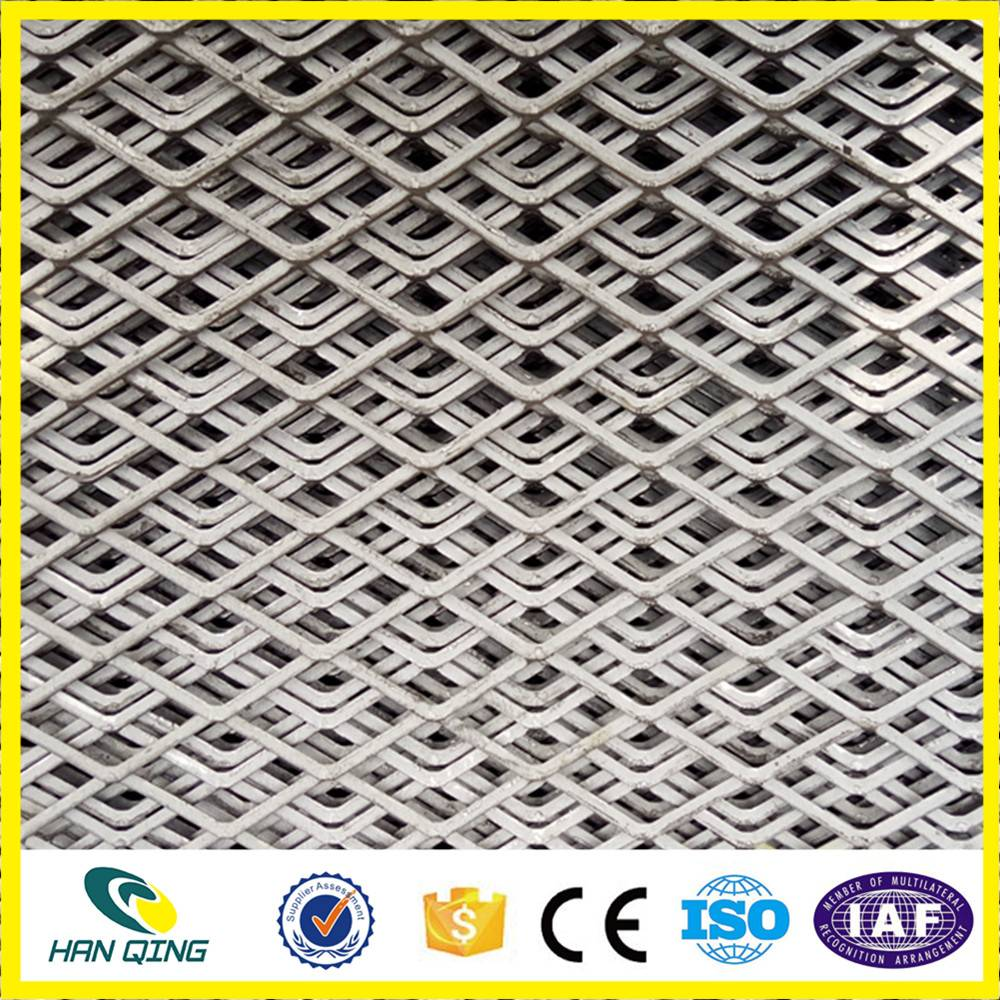 10mmX25mm opening galvanized expanded wire mesh roll