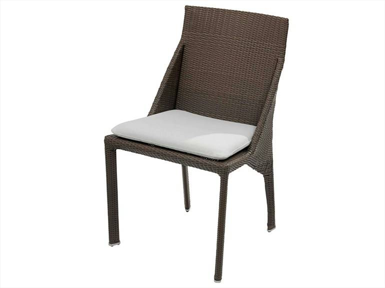 garden rattan chair with removable seat cushion