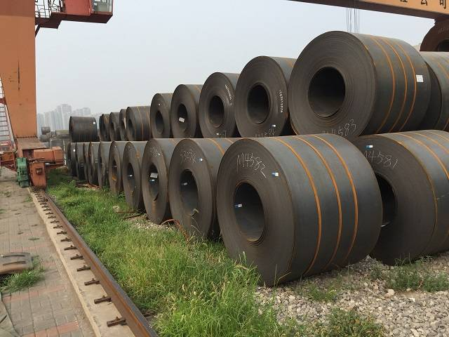 Steel for automobile beam