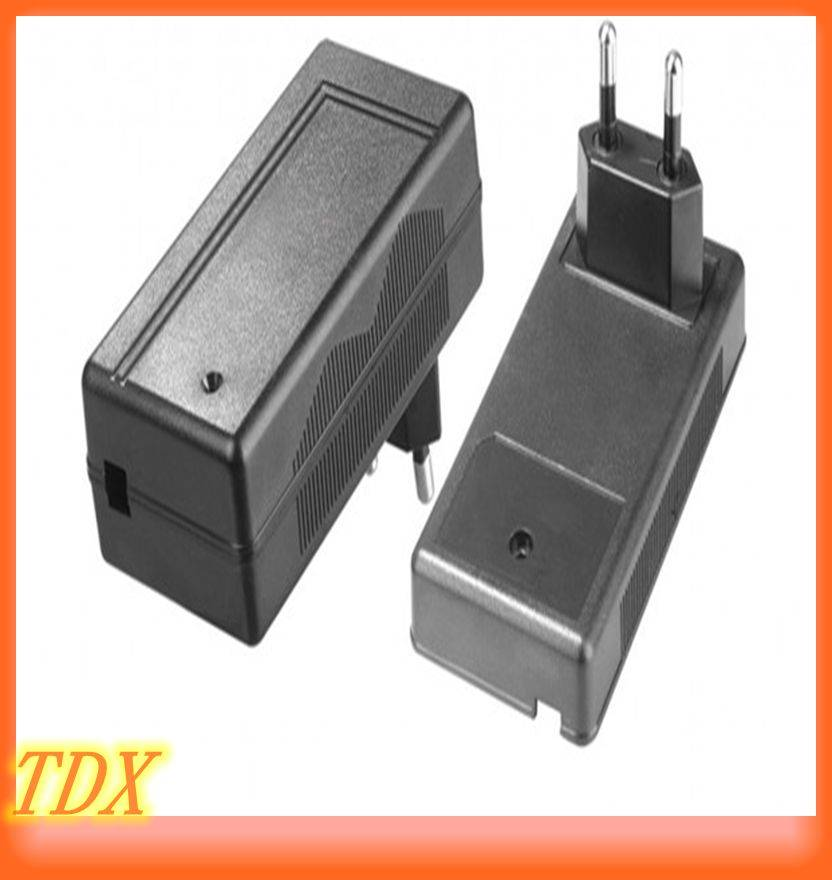 Factory wholesale 36W desktop wall plug power adapter supply with EU/US/UK/AU for laptop/CCTV camera