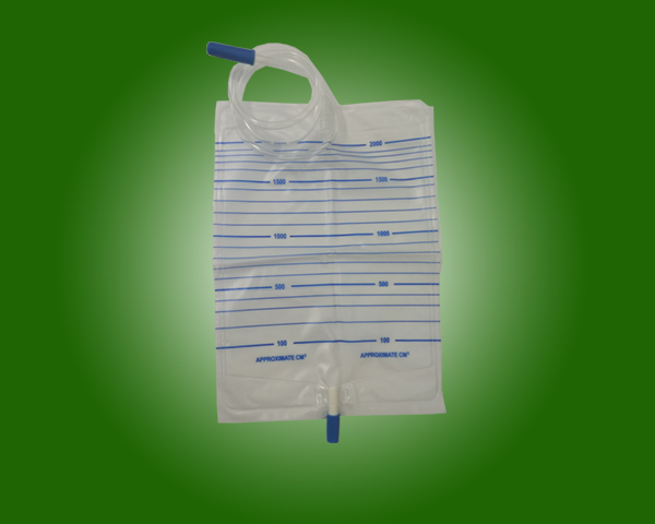 Hospital Use Kinds Of Medical Grade PVC Drainage Urine Bags with push-pull Valve with CE and ISO