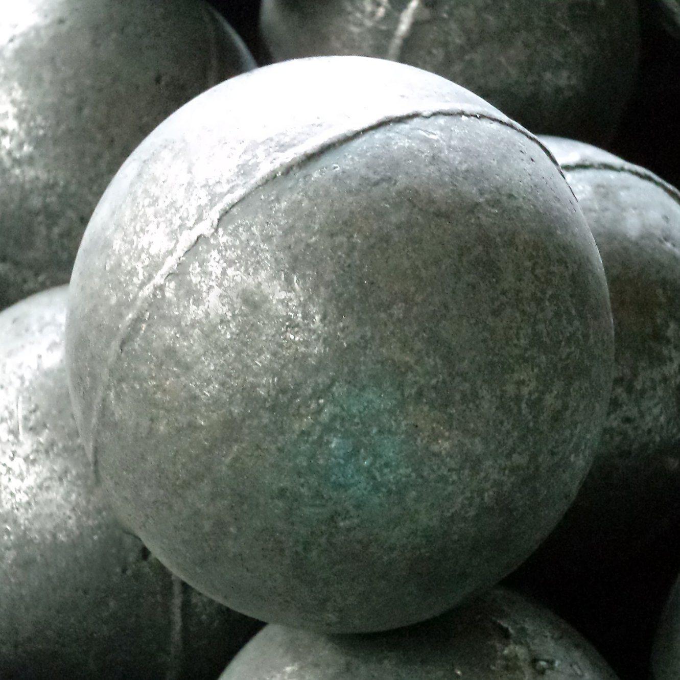 Casting iron balls