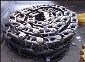 Komatsu excavator PC60-6 undercarriage track link 135MA-42000 in stock