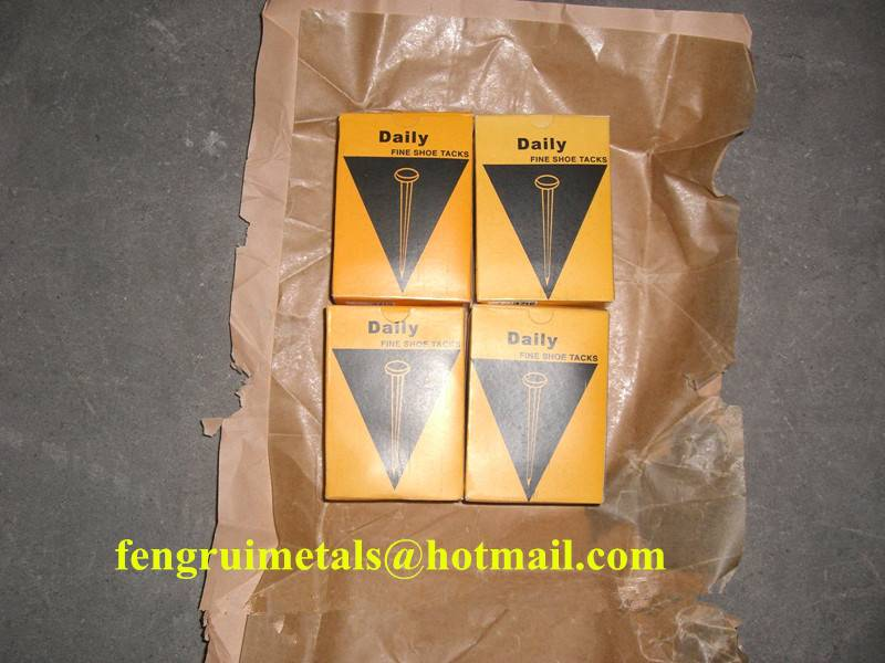 Daily brand fine blue shoe tack nails