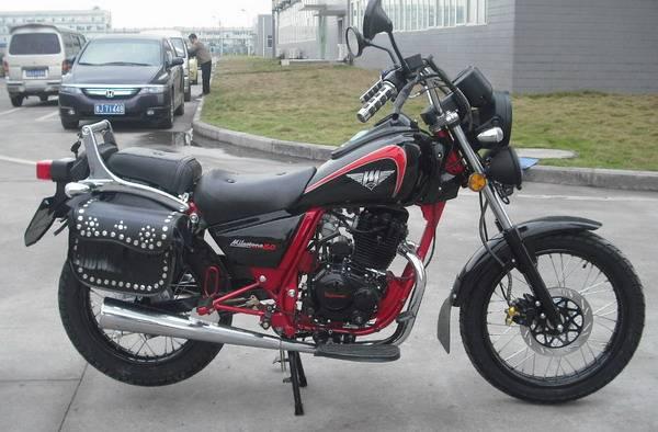Cruiser Motorcycle (BS200-2)