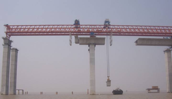 span by span launching girder