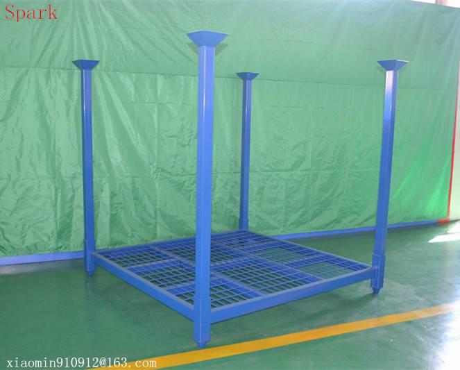 Stackable steel pallet rack