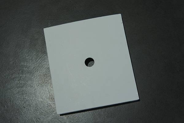 Alumina ceramic tile