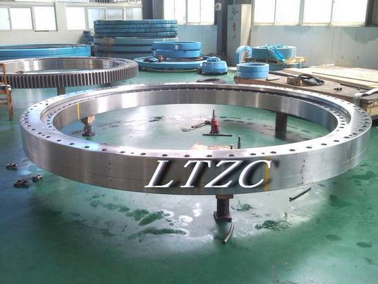 three row cylindrical roller bearing slewing ring