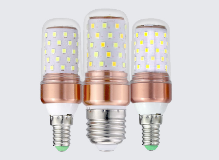 LED candle light E14 E27 base 360 ° light passed the CE and RoHs certification