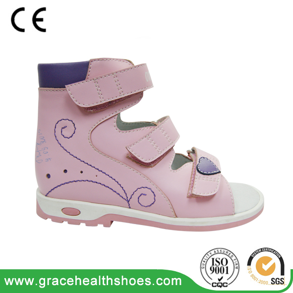 orthopedic shoes with thomas heel for preventing valgus