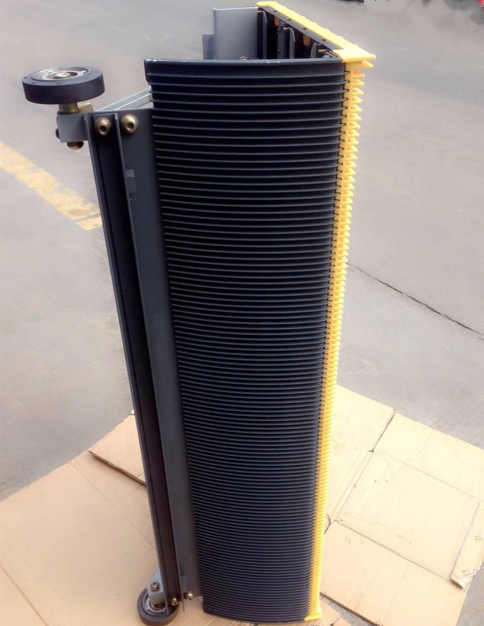 Hitachi escalator step(stainless steel   30°/35°)