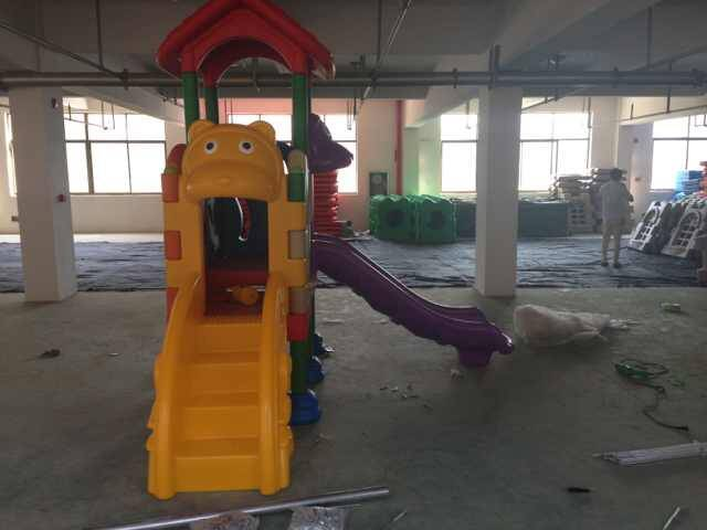 indoor plastic playground