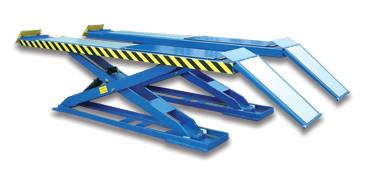Large platform Profile scissor lift for four wheel alignment