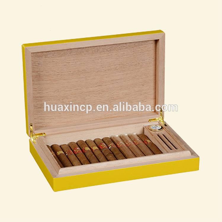 Yellow Matt Lacquered Spanish Cedar Wood Cigat Box