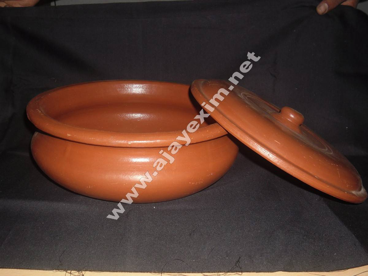 Ajay Clay Cookware Pot