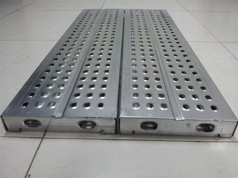 Scaffolding steel plank with hook in hot dip galvaised