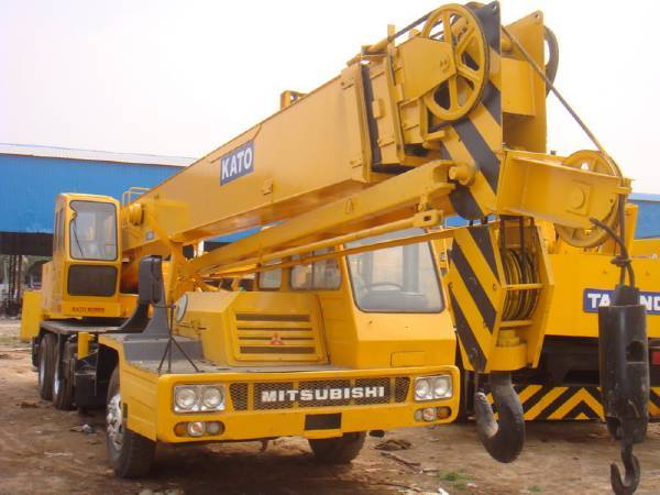 used kato truck crane nk250e cheap for sale