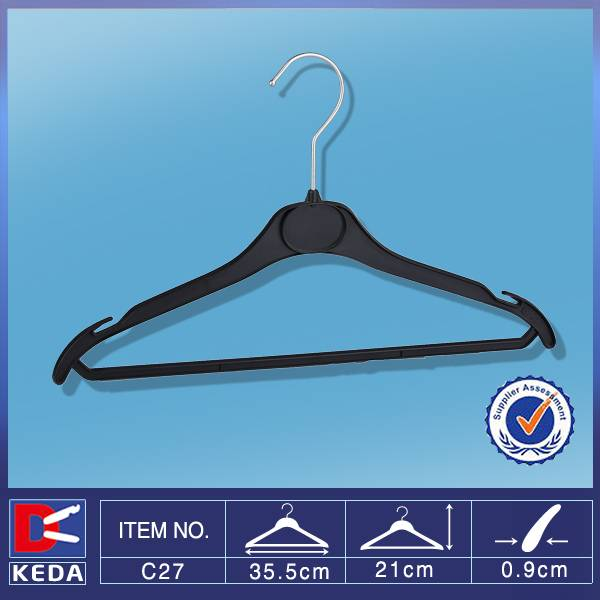 plastic expandable clothes hanger