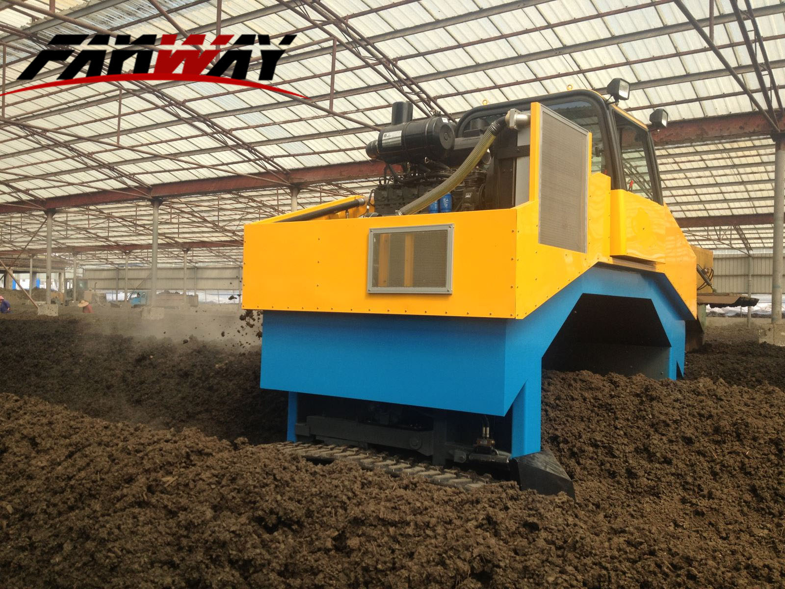 Hydraulic Compost Turner for Animal Waste Composting
