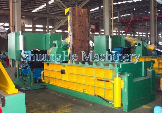 Hydraulic scrap baler Y81 200tons