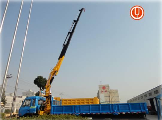 JiangHuan Brand 12 ton Hydraulic truck crane for sale