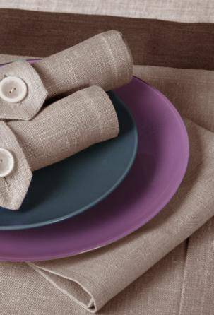Centerpieces and Runners 100% linen. Designed and manufactured in Italy.