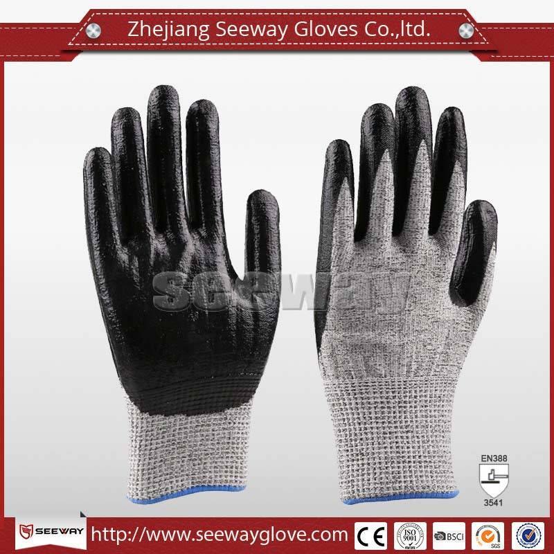 SeeWay B514 13 gauge Knit 5 level cut resistant HPPE Gloves Nitrile Palms Foam style