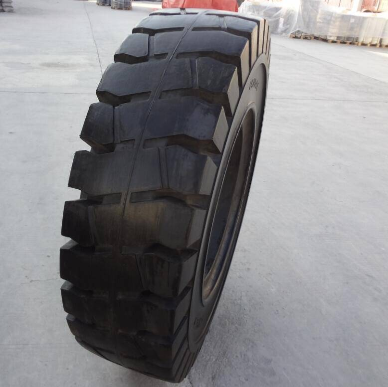 Chinese cheap rims tire 14.00-24/10.00 for port steel mill