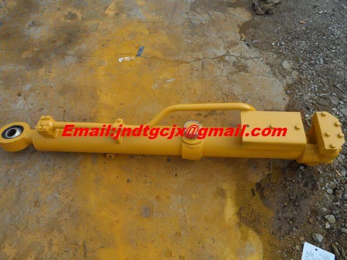 Komatsu bulldozer & excavator D85A-18  D85A-21 PC200-6-7-8 PC220-6-7-8 & so on hydraulic  cylinder