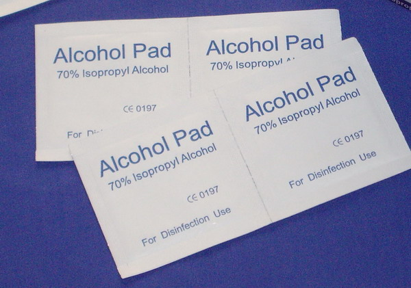 70% isopropyl alcohol sterile Alcohol Pads