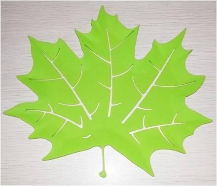 Maple leaf shape silicone mat