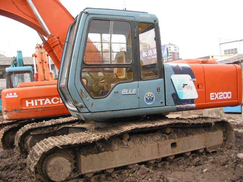 Used Hitachi EX200-3 excavator