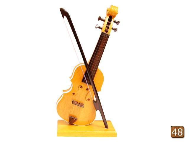 Wooden engraved musical miniatures -Violin