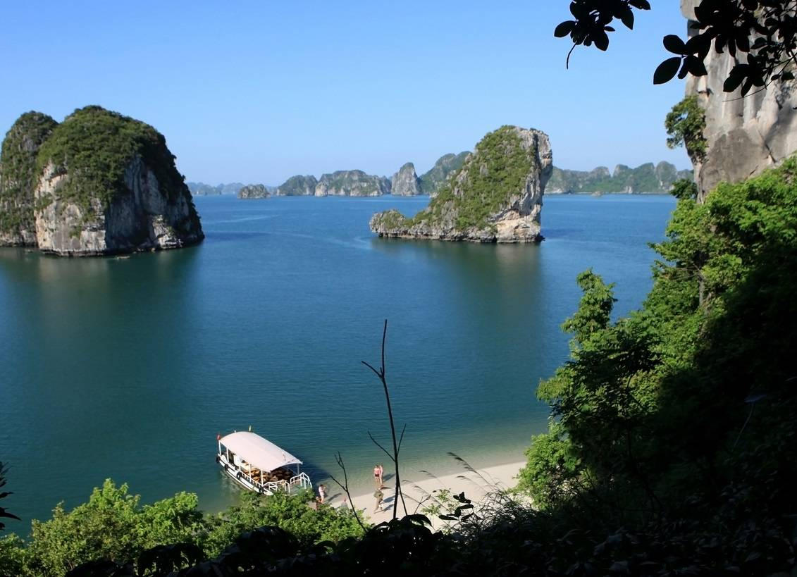 8 day vietnam luxury beach vacation packages