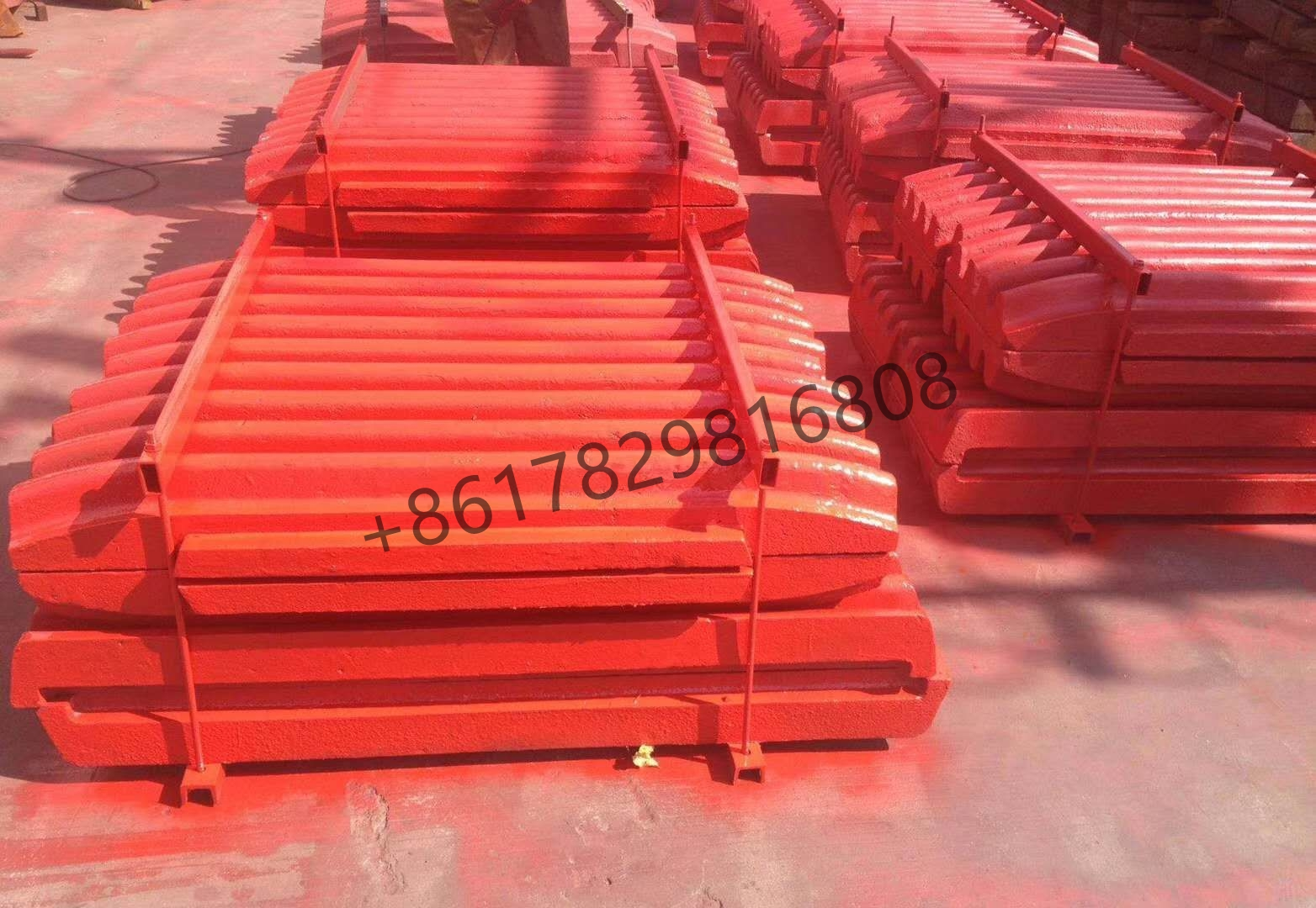 Manganese Casting Liming Sbm Shanbao Jaw Crusher Parts Tooth/Jaw Plate