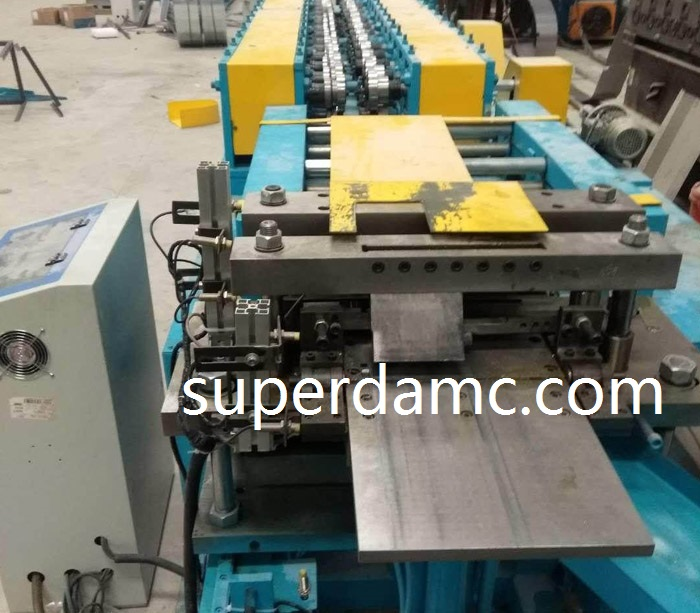 Household multimedia signal box roll forming machine