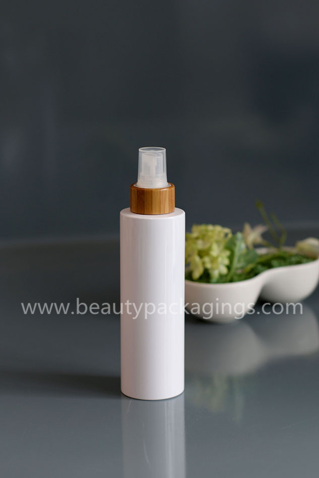 ECO Friendly Bamboo Collar Spray Pump White Bottle For Moisture Spraying