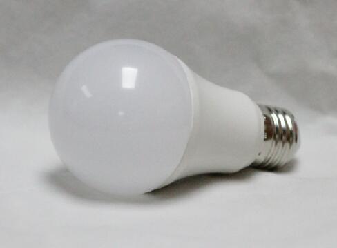 10W E27/E26 SMD2835 LED bulbs certified CE/ROHS/SAA