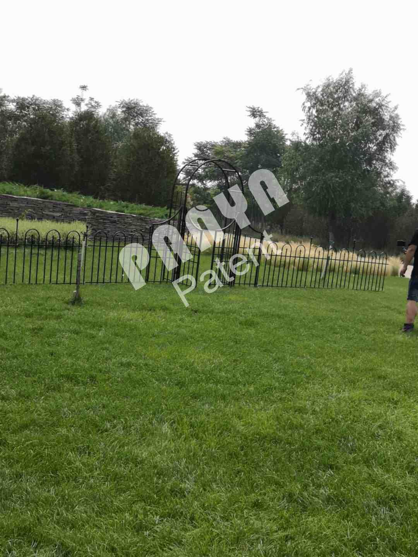 garden trellis,fence,arbor
